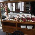 foods on pushcart