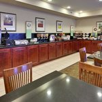 CountryInn&Suites AbseconGalloway BreakfastRoom