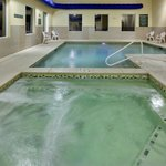CountryInn&Suites AbseconGalloway  Pool