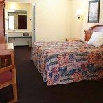Photo of Claremore Motor Inn
