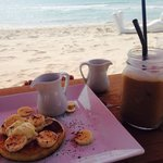 Breakfast culture on the beach