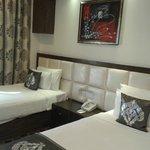 room s 2