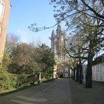 Achter dit hotel met uitzicht op de Oude Kerk, ligt het Prinsenhof!