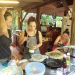 Thai cookery class teenage style!
