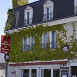 Photo of Hotel Le Cheval Rouge