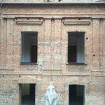 Vão central da Pinacoteca, aberto para todos os pavimentos.