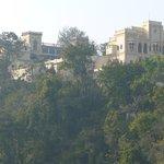 Palast der Shah-Familie im Ananda