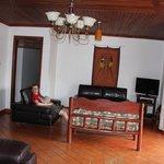 Adonai House Foto