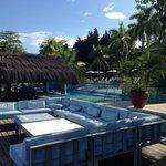 Pool bar/Seating area
