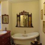 Single Bathroom