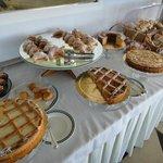 イタリアの朝食にはケーキがいっぱい出ます
