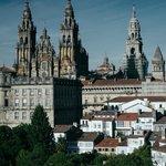 A catedral de Santiago de Compostela vista desde o mirante do Parque Alameda