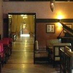 espace bar, petits salons cocooning