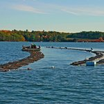 Oyster Farm on the Damariscotta River_photo by Al Trescot