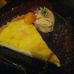 Tarta de queso con manzanas (5'50€)