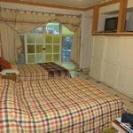 Chambre avec deux lits doubles