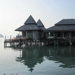 Rooms on the water