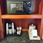 Microwave/Keurig Coffee Maker