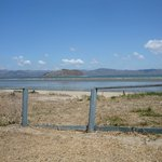 Questo e' l' accesso al mare. Di fronte l' isola Bolanios