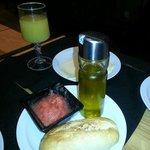 Frühstück-Tomatenpüree mit Olivenöl