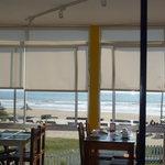 Vista desde el desayunador a la Playa de la Aguada