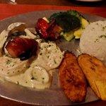 Espetada a la Marinera (Grouper Kebab), Gosotoso Restaurante, Aruba
