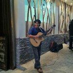 Музыканты у отеля