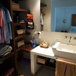 Bad - de Dusche und die Toilette sind separat