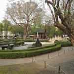 jardin devant le temple