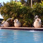 3 Fountains located in the Pool