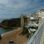 Treppe und Lift zum Strand