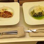 Cena con presentación servida en la habitación