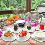Delicioso desayuno!  Delisious breakfast!