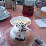 Cupcake Nutella e mascarpone e sullo sfondo quello al cocco
