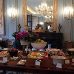 Breakfast at the four seasons des Bergues Geneva.