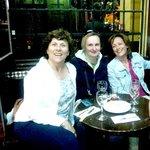 En la taberna SANTA CRUZ (enfrentito del Sevilla Inn)