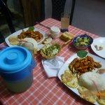 excelente comida casera: muelitas de cangrejo