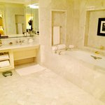 Bathroom 1524