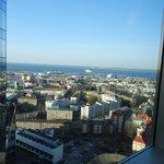 Вид из окна на порт