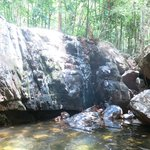 водопад в марте