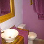 salle de bain jolie et agréable