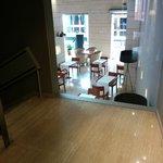 scala che prta in sala colazione/ristorante