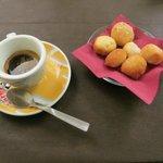 Caffè con dolcini