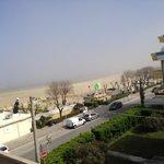 Ausblick vom Balkon aufs Meer