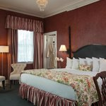 Romantic Saratoga Springs hotel