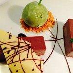 The chocolate dessert with green tea ice cream-yummy