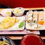 Креветки, суши....