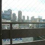亀島川が窓から見えます