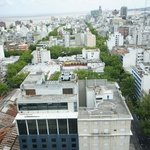 Вид на отель и город с крыши мэрии
