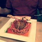 Spaghetti con Polpette di Agnello